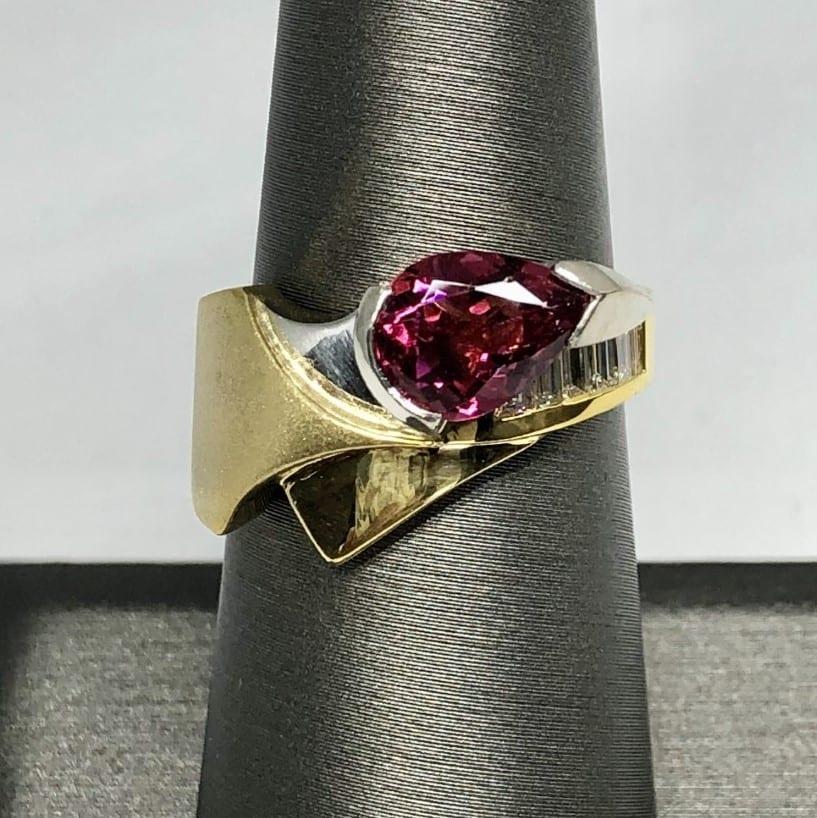 Pink tourmaline, diamond ring, 18kt, platinum