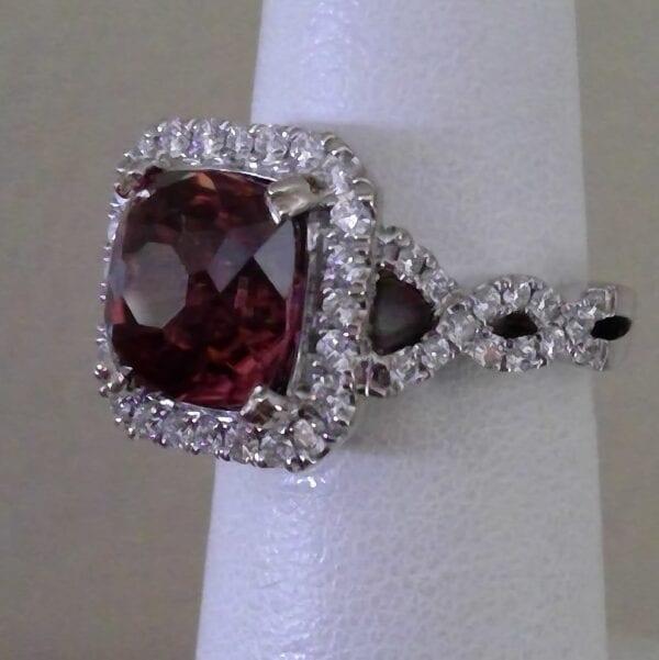 Cinnamon Zircon Diamond Ring